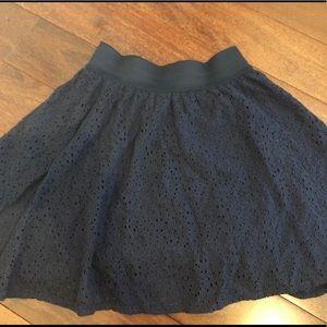 Arizona Jeans Co. Navy Blue Floral Skirt XS